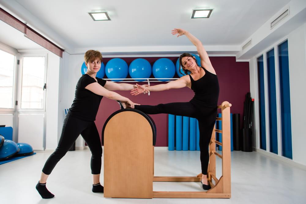 Aparelhos de Pilates e suas funções: Ladder Barrel.