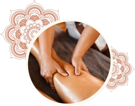 Mulher recebendo uma massagem Deep Tissue